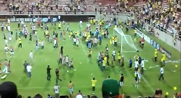 Club America vs Chivas Fan Fight
