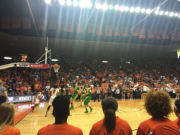 UTEP vs. Oregon in the WNIT Elite 8 on 3/28/16. (Photo by Brandon Cohn)
