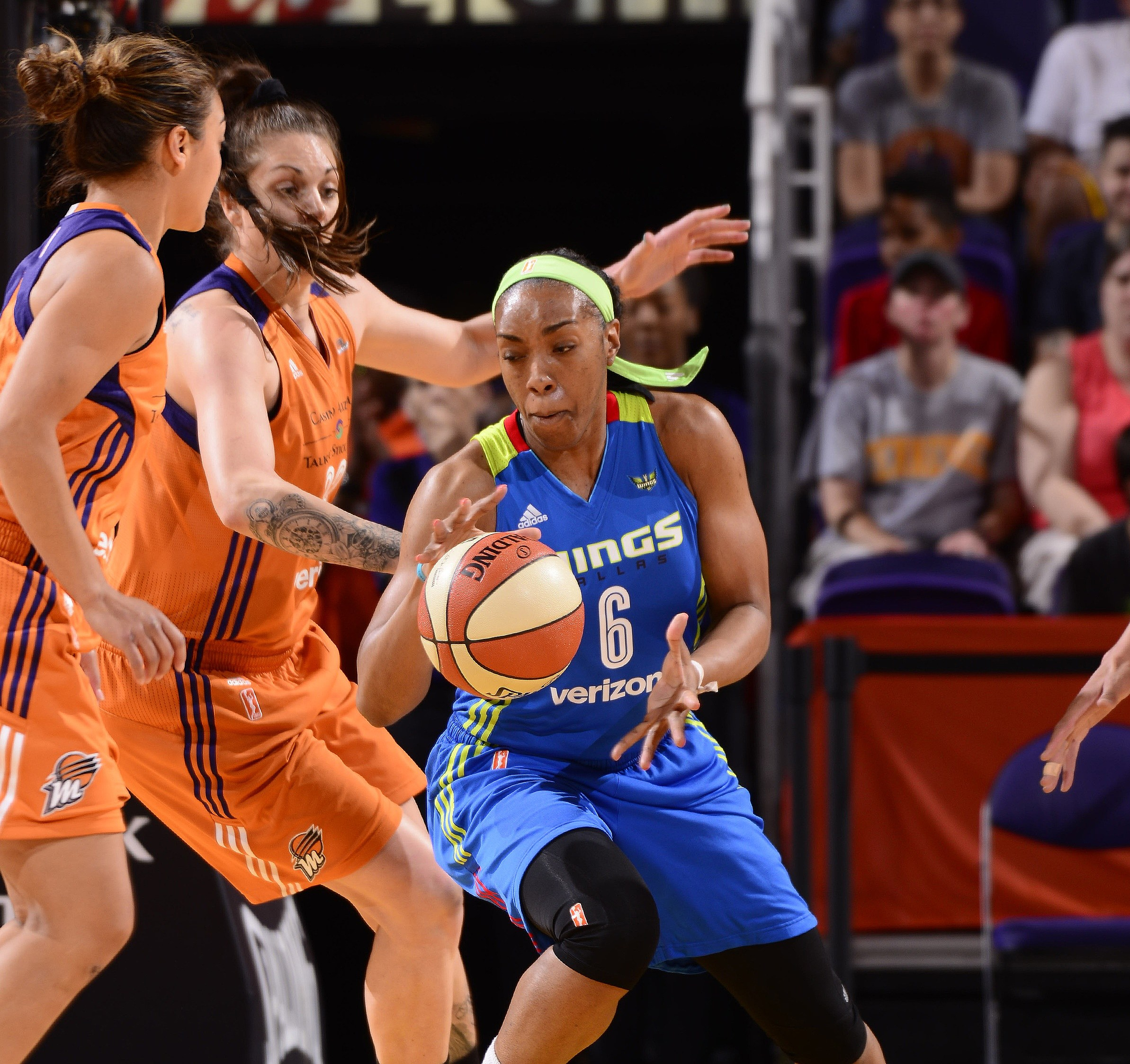 WNBA Pairs Up with Bright Pink to Support Breast and Ovarian Cancer Awareness